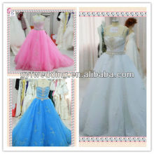 2013 die Mitte Osten Jäten Kleid Dubai Sweetheart Tüll Spaghetti Riemen Brautkleider Stil X008