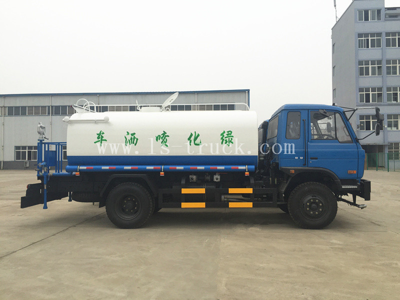 Dongfeng 4X2 RHD Road Sprinkler Camion