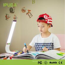 Luz de escritorio china de la lámpara de lectura de la cama de las lámparas de mesita de noche LED para el estudiante