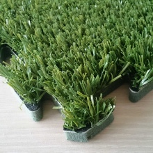 Simplify Installation Green Interlock Artificial Grass