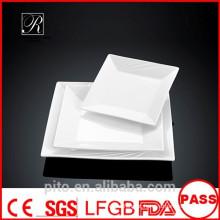 P & T de porcelana fábrica de placas de forma de barco, placas de servir, placas quadradas