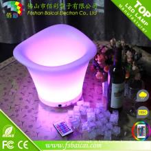 PE plástico 16 cor mudando bar recarregável LED Ice Cubeta para cerveja
