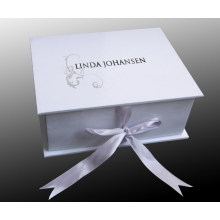 Gift Box with Handle and Buyer′s Logo