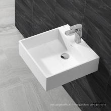 mur de petite taille suspendu en céramique lavabo lavabo