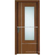 Puerta de PVC de madera con vidrio