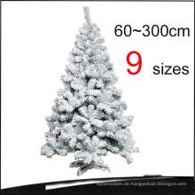 Beflockte Schneien PVC Künstliche Weihnachtsbäume mit 9 Größen