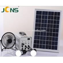 China Nuevo kit de energía solar de 100 vatios para el hogar y el camping