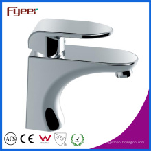 Robinet de mélangeur de robinet de lavabo à eau chaude et froide (Q3038)