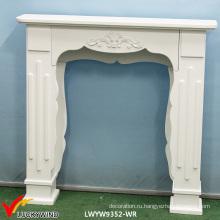 Деревенский белый деревянный камин из камина