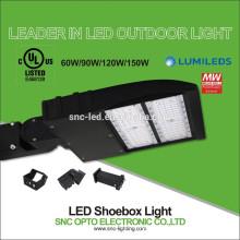 L'UL 150w 240w 300w a mené la lumière élevée de poteau, tout dans une lumière menée de stationnement beaucoup, a mené la lumière de boîte à chaussures