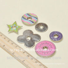 botões de snap metal colorido