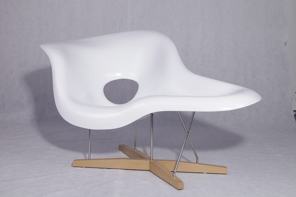 Modern Style Lounge Chair 1