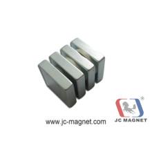 Kundenspezifischer starker gesinterter NdFeB Magnet (JM17)