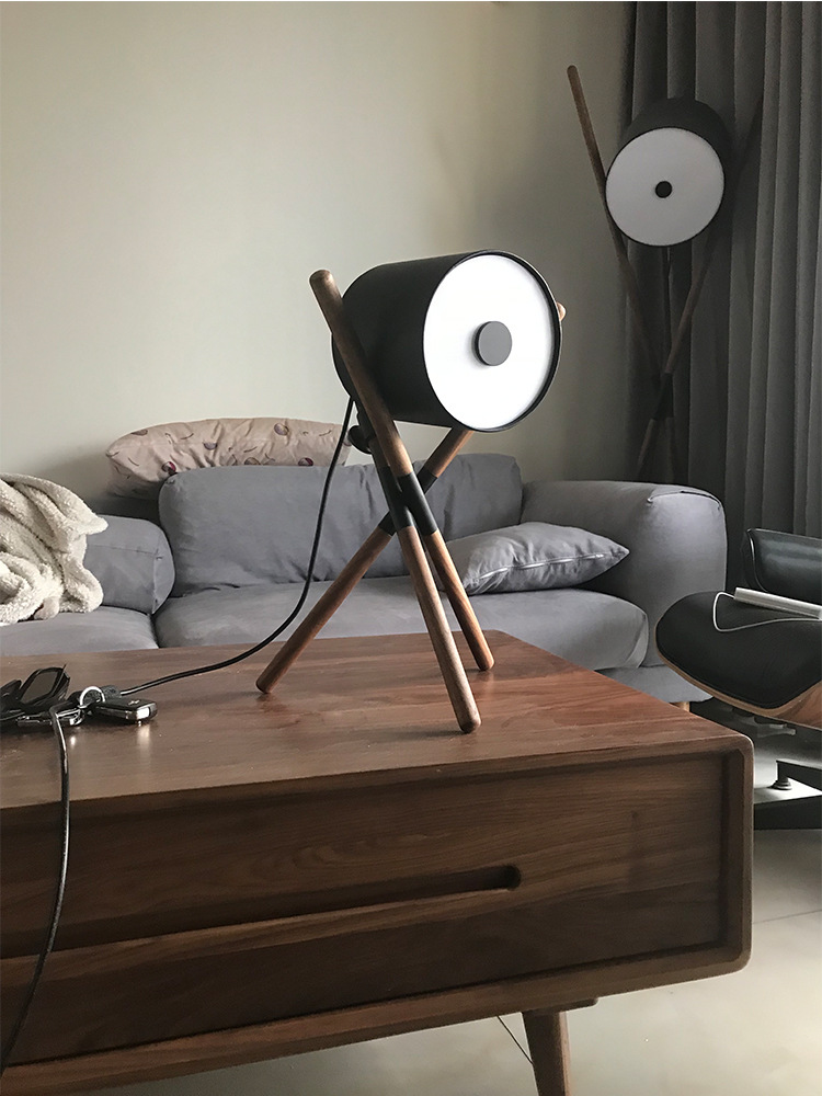 3Applicantion Wooden Table Lamp