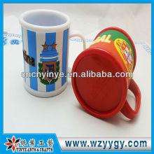 Mug promotionnel Fashion avec capuchon en caoutchouc