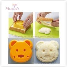 Bakeware Cake Tools Bear-Shaped Plastic Sandwich Mold