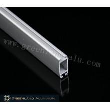 Нижняя направляющая для роликовых жалюзи из алюминия с порошковым покрытием белого цвета