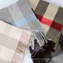 Écharpe écharpe en laine à carreaux