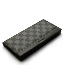 Bifold men wallet make in genuine leather with plaid printing
