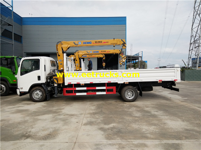 3 Ton Truck with Cranes