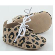 Zapatos ocasionales del oxford del pesebre del cuero genuino del bebé recién nacido al por mayor