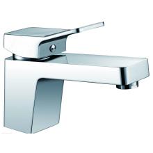 Robinet en plastique et robinetterie pour bassins ABS