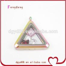 pingente de medalhão de forma de triângulo de moda