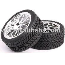 pneus en caoutchouc Custom RC 1/8' et 1/10'
