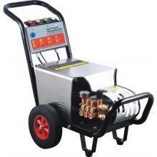 Lavadora de alta presión con motor diesel