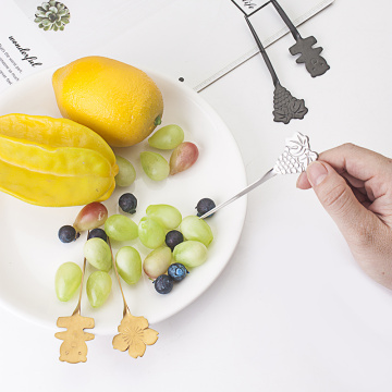 Venta al por mayor Reverse Design Fruit Fork