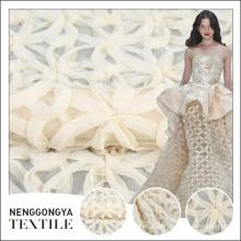 Venta caliente diferentes tipos de nuevas telas de tul bordado blanco pakistán