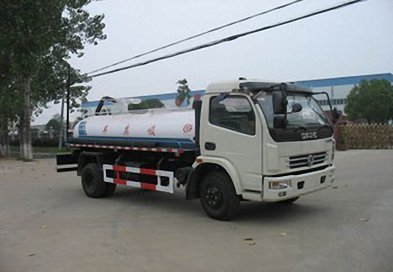 Suction Sewage Truck 1