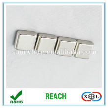 10 x 10 x 10 mm dicken Neodym Magneten - 4kg ziehen