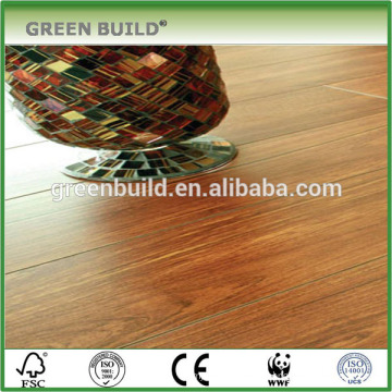 Plancher en bois contrecollé en teck imperméable coloré