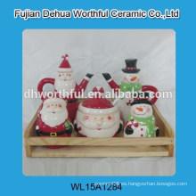 Fancy cerámica pot sazonador y pimentero en forma de Navidad