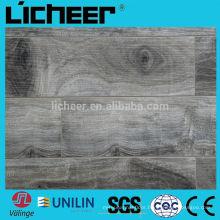 grey smokey laminate flooring