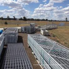 I / N / V stay galvanized iron field gate / hot sale wire mesh farm gate