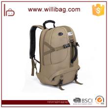 Camping et randonnée utilisent sac à dos de camouflage en nylon sac à dos de randonnée personnalisée