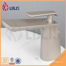 China productos de una sola palanca de latón cuarto de baño lavabo grifos