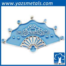 2014 colgante de moda de aleación de zinc con acabado de color esmalte