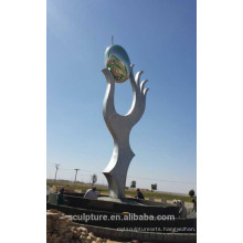 Saudi arabia olive modern outdoor metal sculpture of holding hands arts