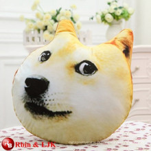 Cartoon doux en peluche chien en peluche en forme de chien oreiller en doge