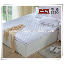 Fashionable Soft and Comfortale Wholesale Hotel Waterproof Mattress Protector