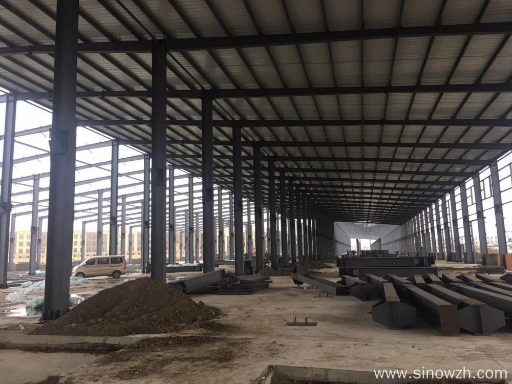 Build steel structure industrial workshop with crane
