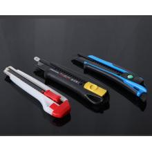 Набор разноцветных керамических ножей с блоком и ножом