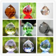 Boule de cristal colorée 40mm pour lustres et lampes suspendues