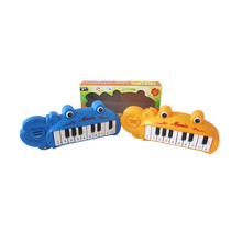 Cartoon Design Plastic Electric Organ with Light and Music (10210092)