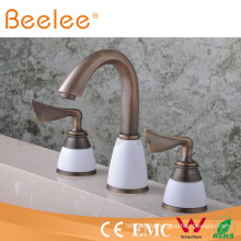 Antique Bathtub Faucet Q30233A