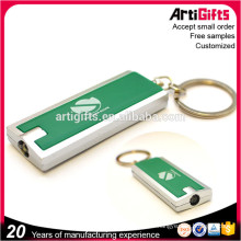 Wholesale pas cher en métal porte-clés avec led lumière