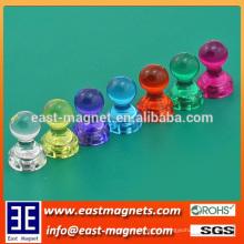 Sello de plástico de material plástico de forma fuerte imán para la venta / permanente imán de neodimio / pin magnético colorido empuje para la venta